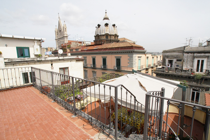 Terrazzo attrezzato vista Panoramica Napoli
