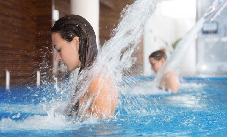 Resort con SPA e Piscine con Idromassaggio