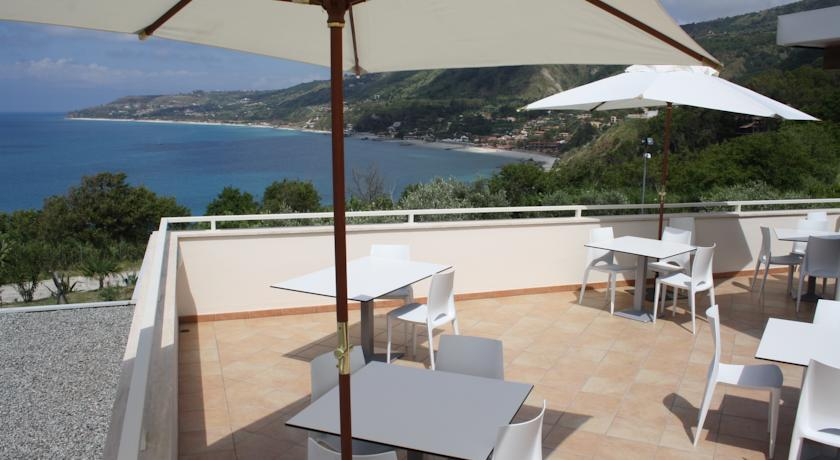 Villaggio vista Mare a Parghelia vicino Tropea