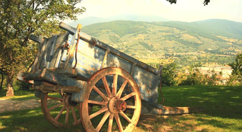 Agriturismo immerso nel verde a Foligno