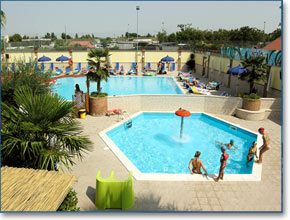 Amusementpark with swimmingpools in Naples, Last Minute