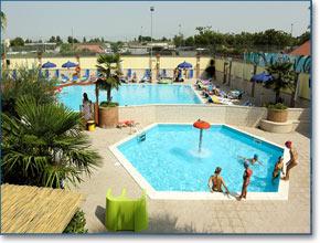 Amusementpark with swimmingpools in Naples, Last Minute