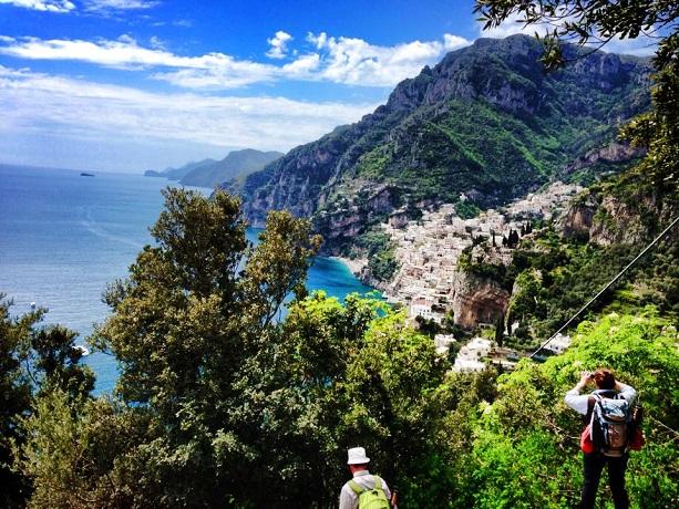 """Al """"Sentieri degli Dei """" tra spettacolari paesaggi"""