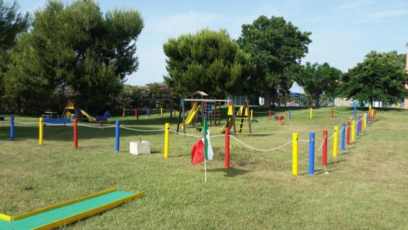 Area Giochi per Bambini Villaggio Salentino
