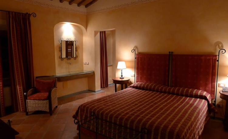 Camere romantiche in Relais vicino Firenze