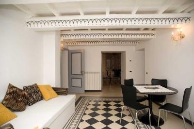 Pavimento e stile liberty in suite in residenza di casali - Casa stile liberty ...