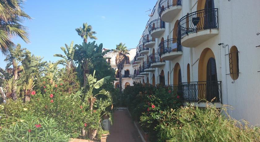 Hotel a Marina di Patti con Suite