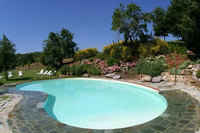 Camere con piscina in agriturismo a chiusdino vicino siena in toscana agriturismo val di merse - Agriturismo con piscina toscana ...