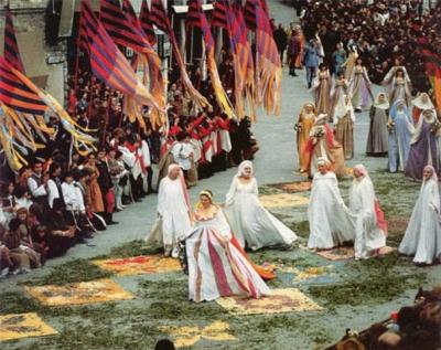calendimaggio-assisi-festa-folklore