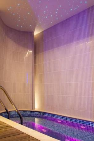 hotelmontone-centrobenessere-piscina-relaxdellumbria