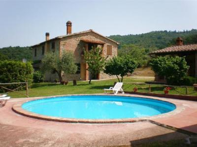 Villa vacanze in Umbria con piscina 22 persone