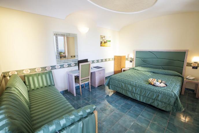 Camera matrimoniale Hotel Superior Ischia