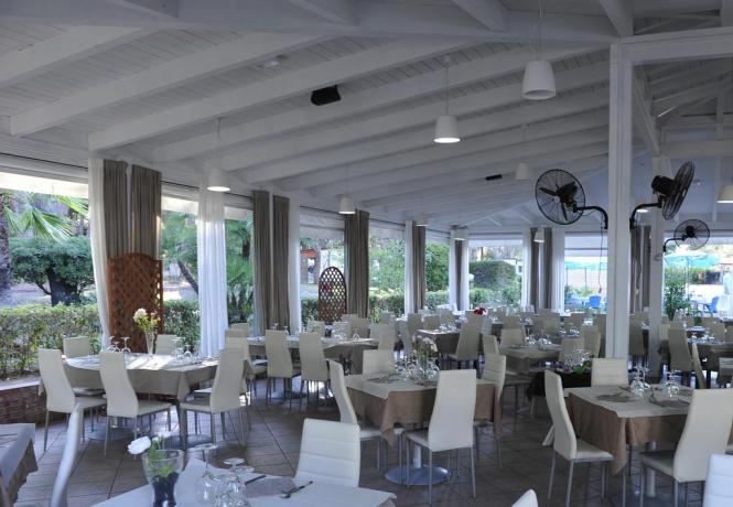 Resort con ristorante tipico campania Baia Domizia