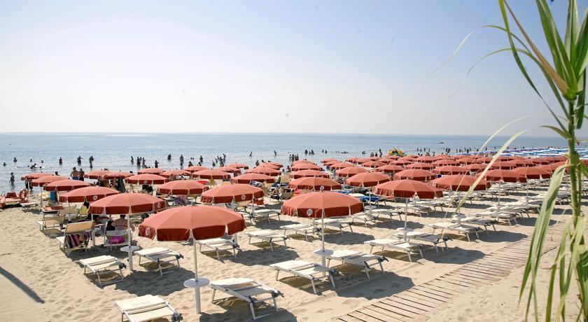Hotel con Spiaggia Privata a Metaponto
