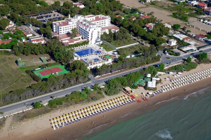 Vista panoramica dall'alto albergo a Vieste