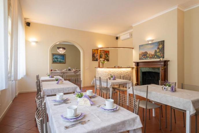 Sala comune per colazione a Lecce