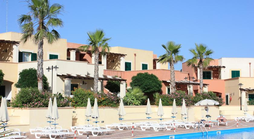 Hotel Residence con Piscina Bar Ristorante Salento