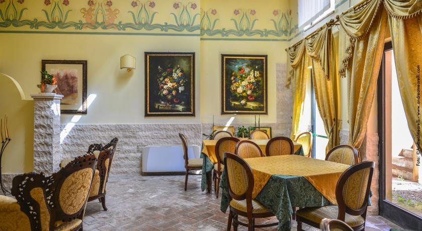 Sala Ristorante in Hotel vicino Terme di Saturnia