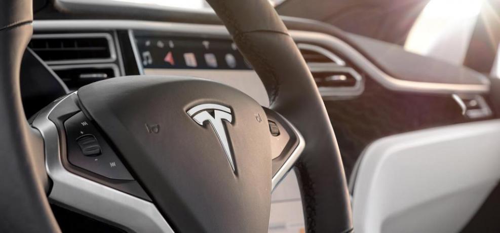 Offerta Noleggio Lungo Termine Tesla Model X