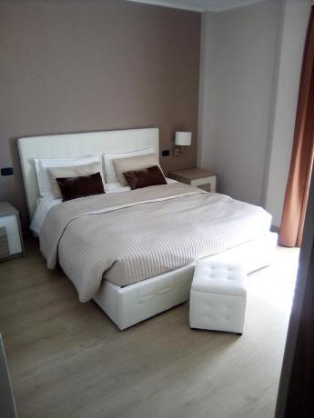 Camera matrimoniale con vista lago, Riva del Garda