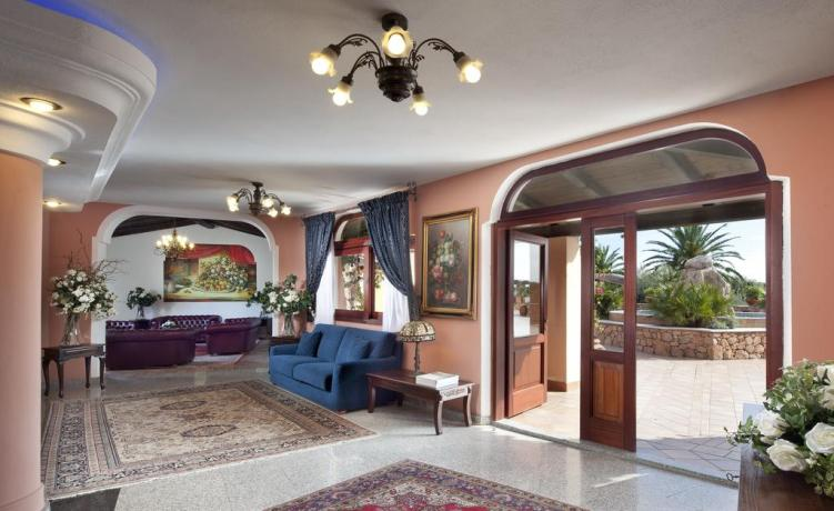 Hotel 4 stelle a Orosei con Piscina coperta