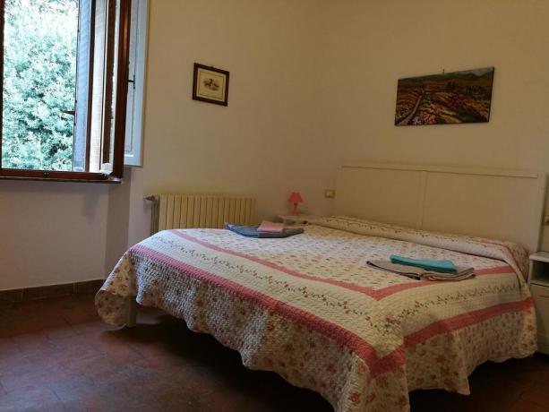 Antico casale in pietra in Toscana