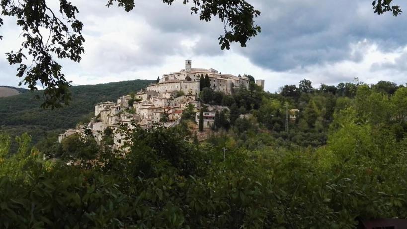 Albergo per visitare il borgo medievale di Labro