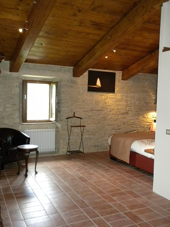 Camere Matrimoniali ed Appartamenti Vacanza Umbria