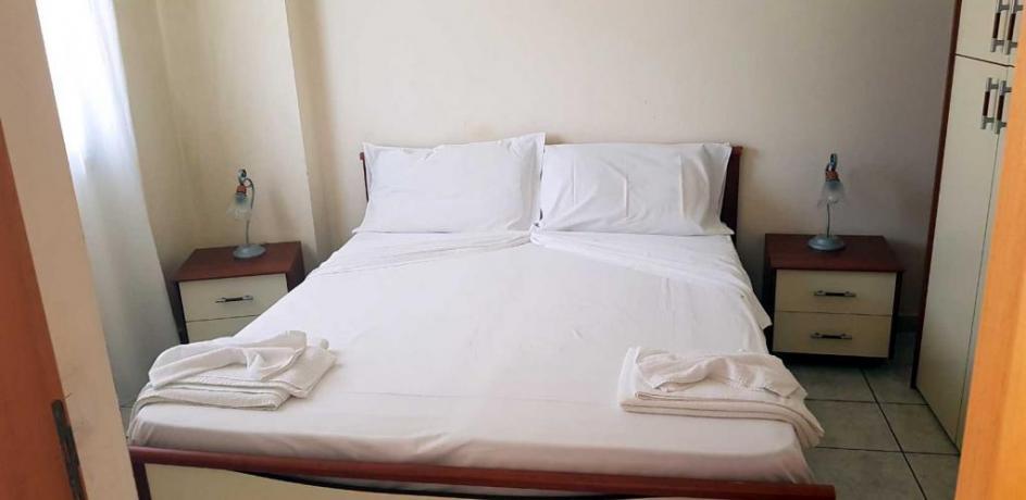 Appartamento Bilocale Camera Matrimoniale Balcone e Angolo Cottura