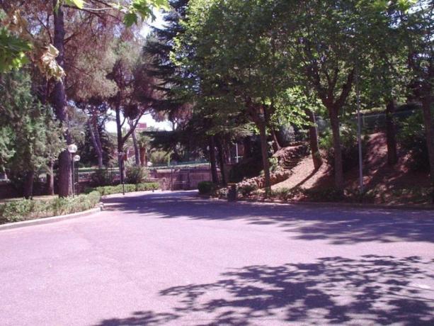 Tranquillo Parco verde in Palazzo a Roma