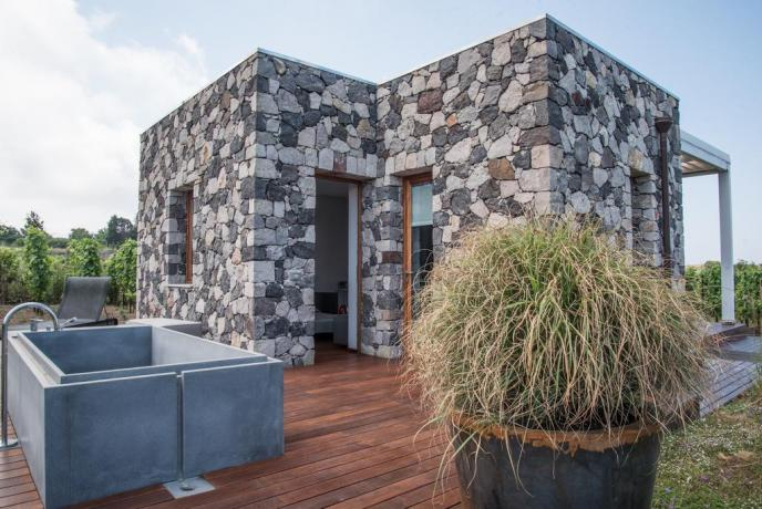 Mini appartamento vacanza con veranda vasca idromassaggio Lipari