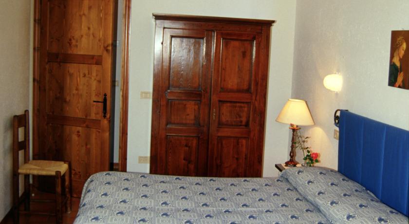 Camera Matrimoniale vicino Stazione di Assisi