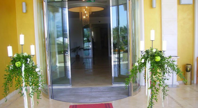 Hotel vicino Mare Abruzzo con Giardino e Ristorante