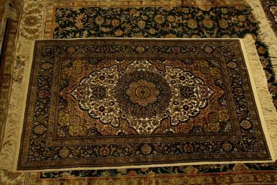 Azienda per lavaggio e pulizia tappeti persiani moderni - Pulizia tappeti ammoniaca ...