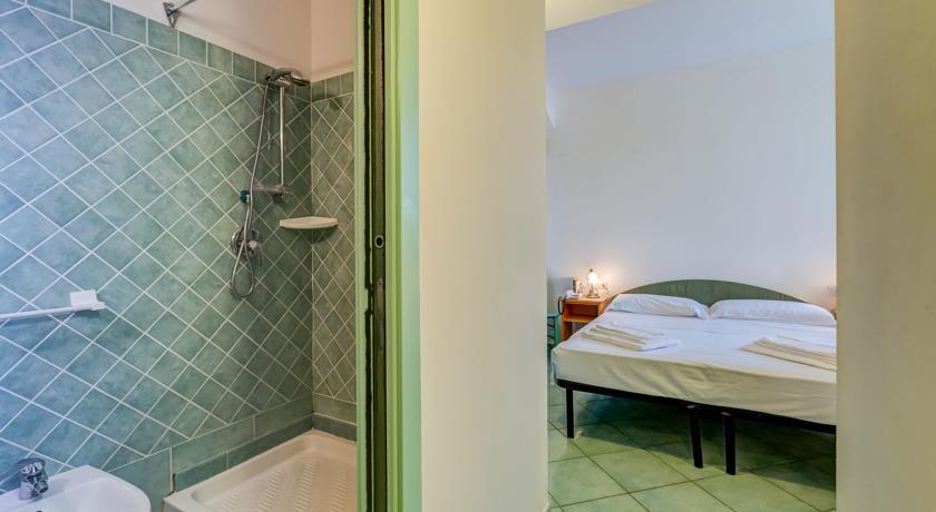 appartamenti con bagno privato e Terrazzo al Circeo