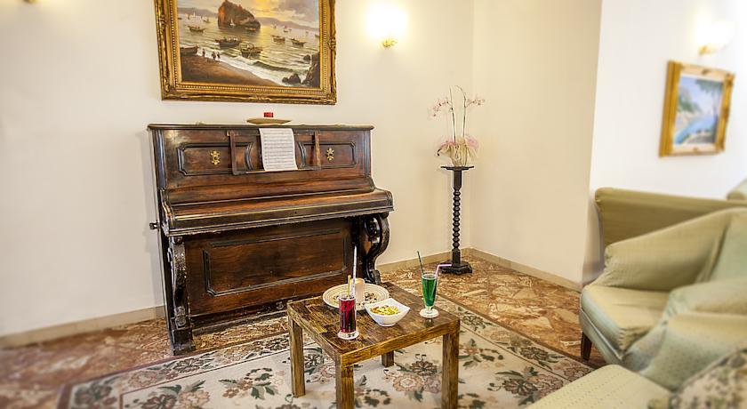Hall Hotel 3 stelle a Ischia