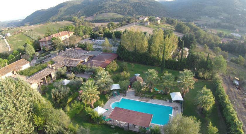 Country House Ristorante Piscina - Gaietole
