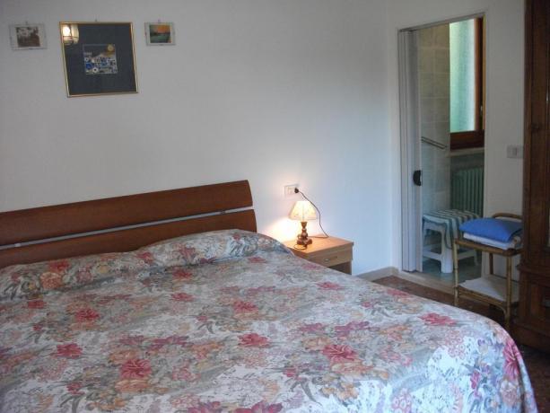 Camera matrimoniale B&B a Corciano con bagno