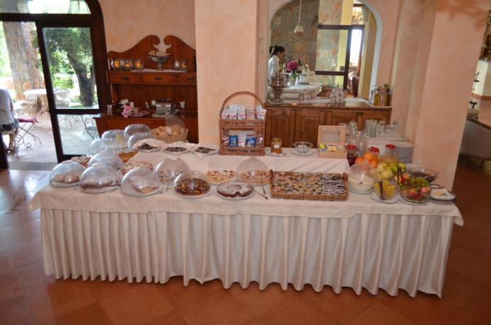 Colazione a Buffet in Resort4stelle vicino Caletta-di-Pozzallo