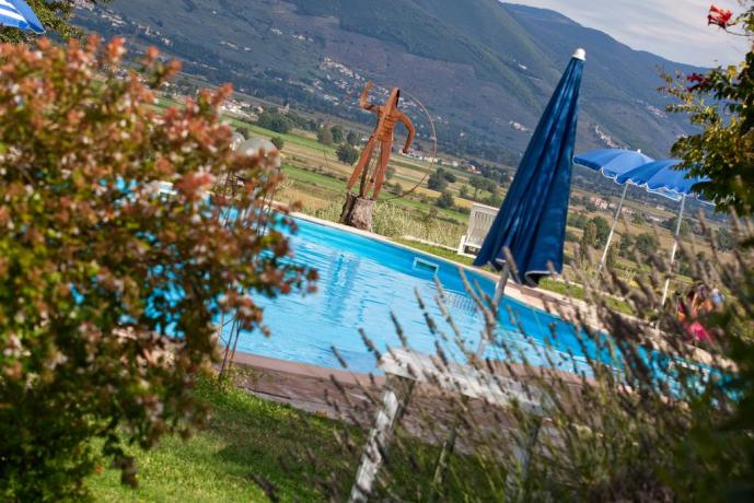 Agriturismo Umbria con piscina fornita di idromassaggio