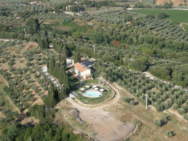 Relax Agriturismo immerso nel verde della colline toscane