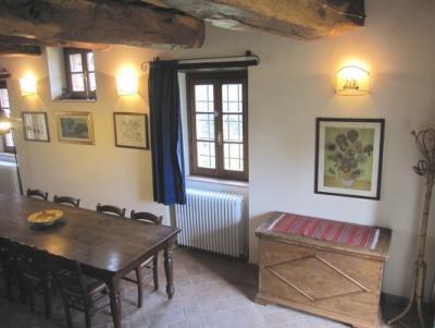 Apartamento 5 con mobili antichi