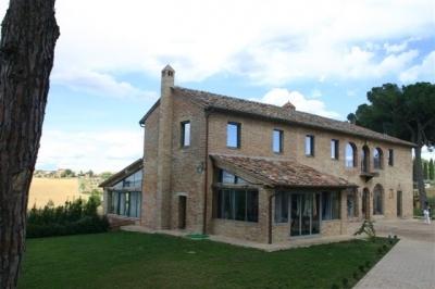 Detail of Villa Prestigio and Relax