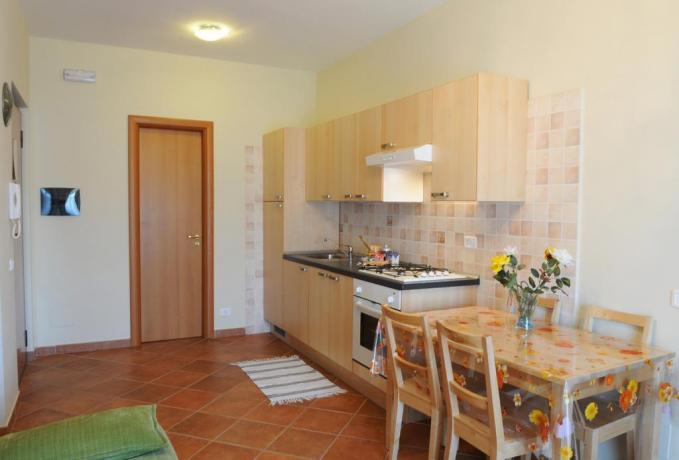 Cucina appartamento residence a Ronciglione