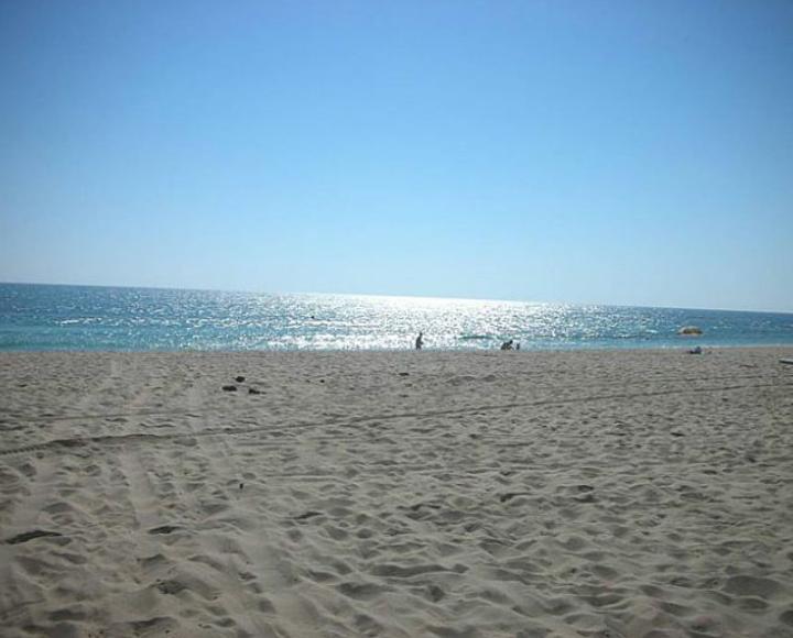 Villa con Giardino-Privato a 100-mt dalla spiaggia a-Capaccio-Campania