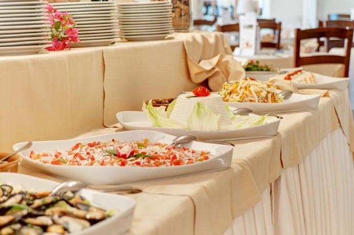 ristorante a buffet hotel lo smeraldo