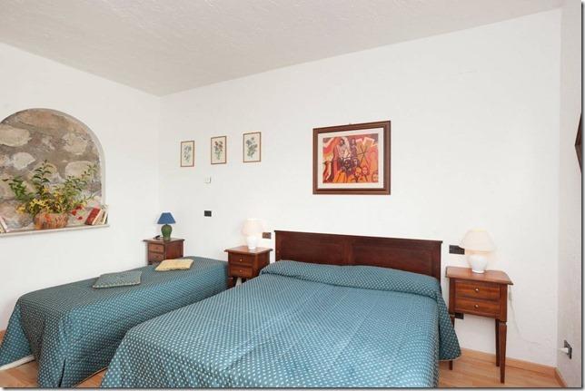 Residenza Podere appartamento-vacanza camera matrimoniale 4persone Magione