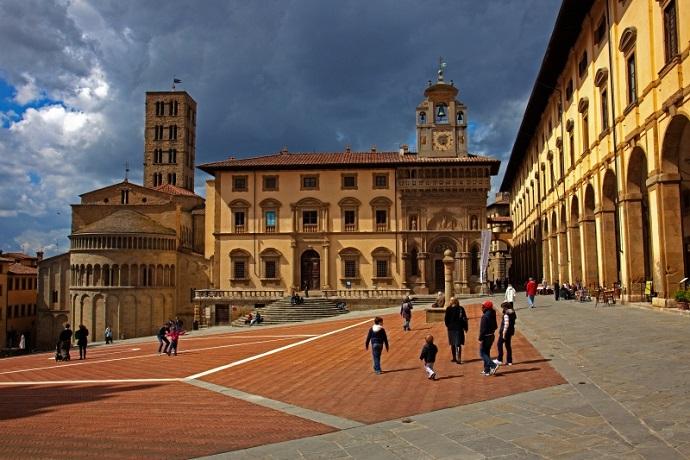 Appartamenti con Piscina vicino ad Arezzo