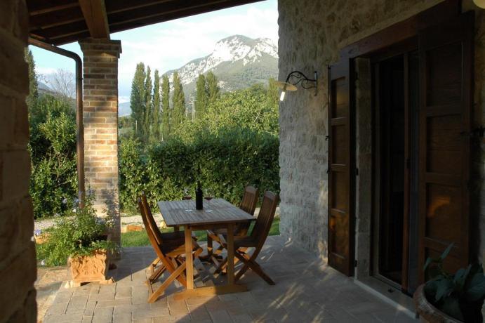 Country House con Appartamento nella Valle del Nera