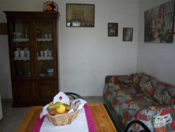 Primula soggiorno appartamento piano terra